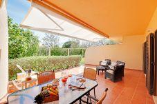 Apartamento em Vilamoura - Apartamento T2 com saida directa para a piscina