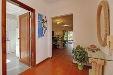 Apartamento em Vilamoura - Apartamento T2, com piscina, a pé da Marina