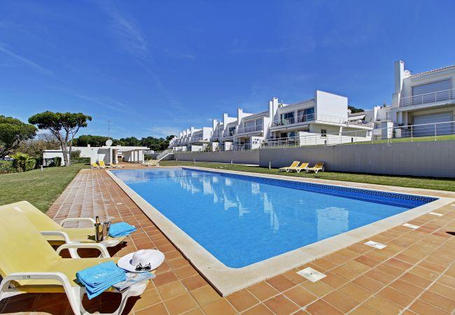 Villa in Vilamoura - WINE VILLA